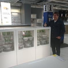 """I mai var vi en tur på Ikea for å se på mulige kjøkkenløsninger. Dette skapet """"ble med hjem""""."""
